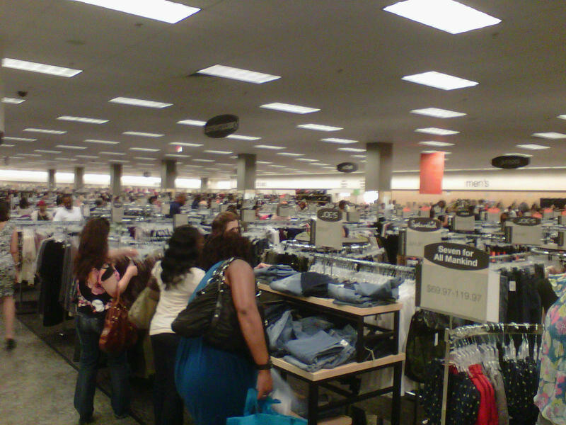 Shoppers Flock to Newly-Opened Nordstrom Rack in Pentagon City