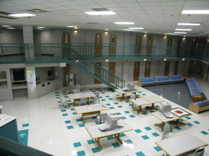 Look inside the arlington county jail arlnow com