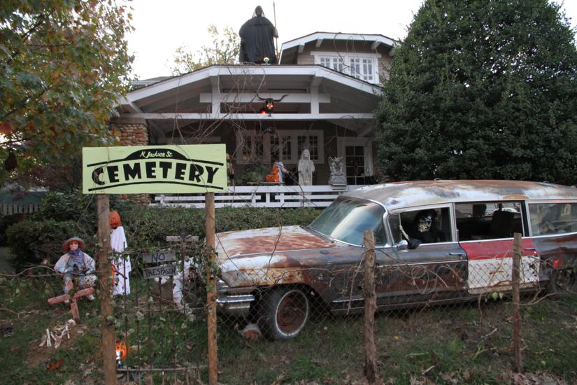some - Amazing Halloween Decorations
