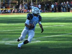 Yorktown High School running back M.J. Stewart (photo by Dan Friedell)