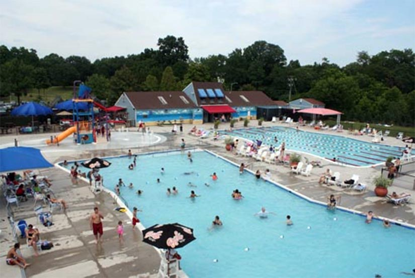 Upton hill to host world s largest swimming lesson wtop - Splash wave pool public swim hours ...