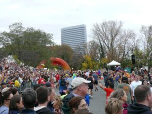 Marine Corps Marathon scenes (photo by Sarahalow)