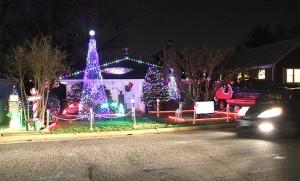 Holiday light display in the Leeway Overlee neighborhood