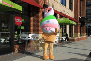 Menchie welcomes customers
