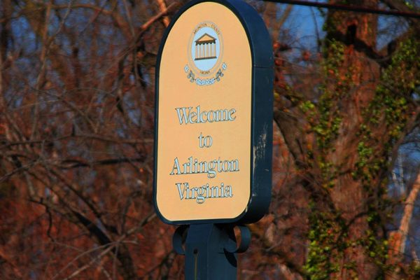 Welcome to Arlington sign (photo by Katie Pyzyk)