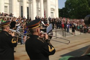 Crowds at the Tomb of the Unknowns