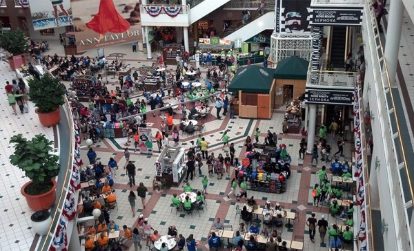 School and church groups pack the Pentagon City mall food court just before Memorial Day