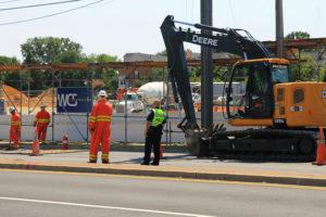 Gas line break closes part of Glebe Road