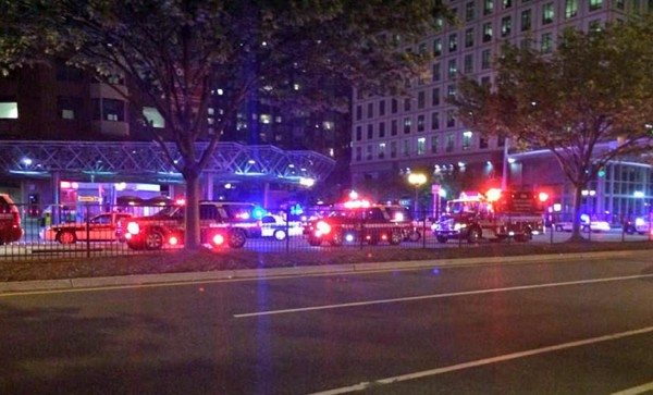 Stabbing at Ballston Metro station (photo courtesy @firstdownbar)