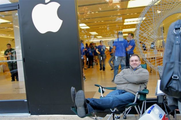 Joe Tenne, 43, waited 36 hours to buy a new iPhone 6 at the Clarendon Apple Store.