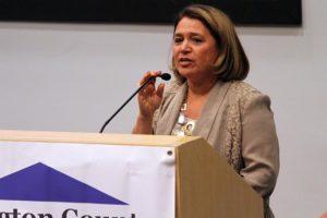 Arlington Treasurer Carla de la Pava