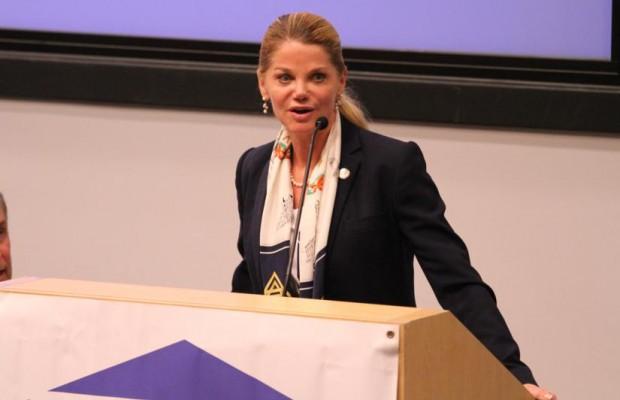 Gwendolyn Beck