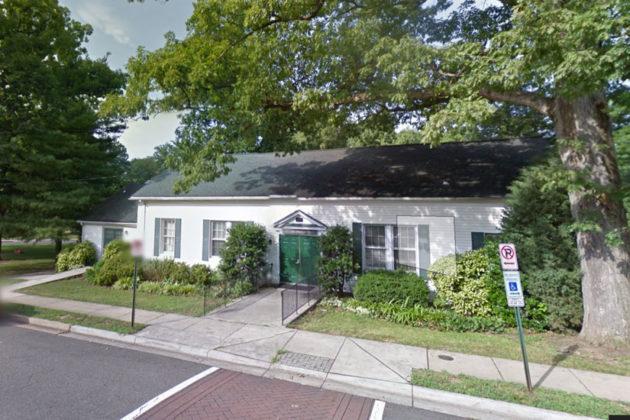 Lyon Park Community House (photo via Google Maps)