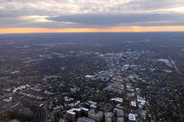 Aerial view of Arlington from a Delta flight (Photo courtesy @dcaman)