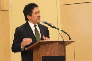 Walter Tejada at the Arlington County Democratic Committee meeting, March 4, 2015