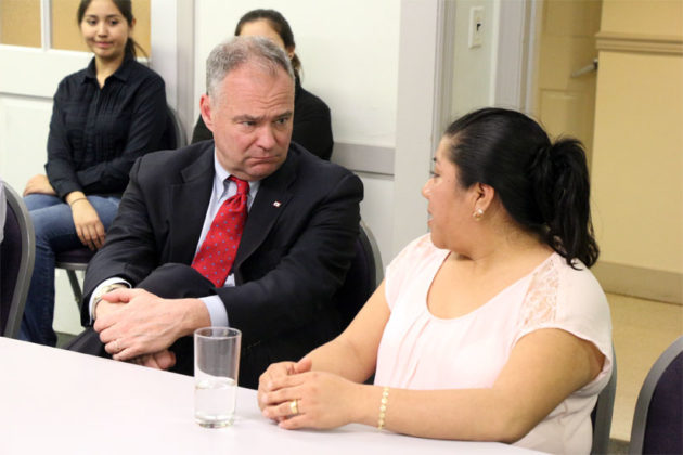 Sen. Tim Kaine speaks to La Cocina VA trainees