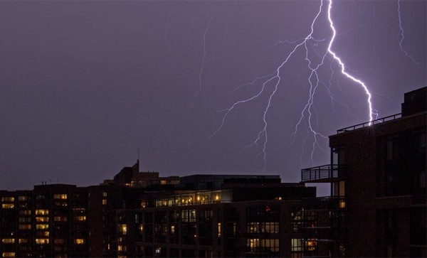 Lightning over Rosslyn (Flickr pool photo by J. Peterson)
