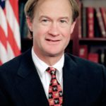 Lincoln_Chafee_official_portrait-825px