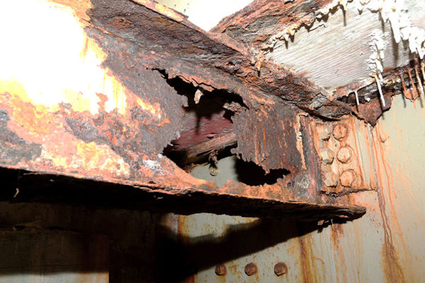 Deteriorating beam underneath Memorial Bridge (photo courtesy National Park Service)