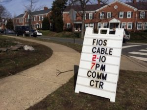 Sign about FiOS meeting in Fairlington