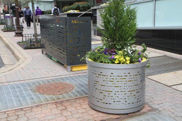 New Rosslyn planter