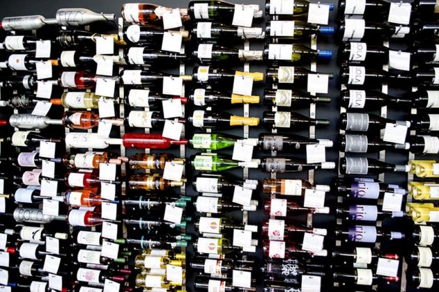 Wine Wall in Cheesetique