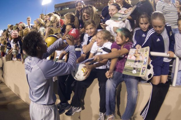 Briana Scurry signs autographs at USA Women vs Mexico match. October 20, 2006 (photo by John Todd)
