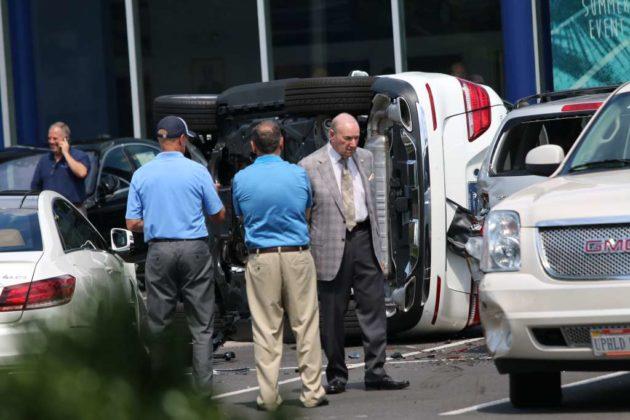 Test driver flips mercedes in dealership parking lot for Mercedes benz of arlington arlington va
