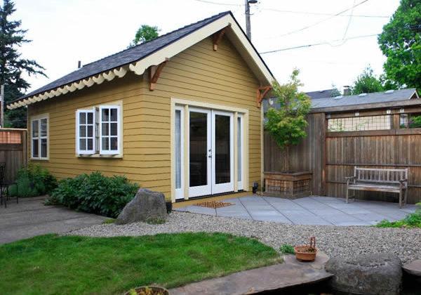 """""""Backyard cottage"""" accessory dwelling (courtesy photo)"""