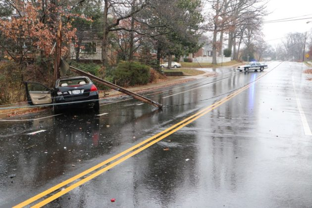 Crash on N. George Mason Drive at Yorktown Blvd