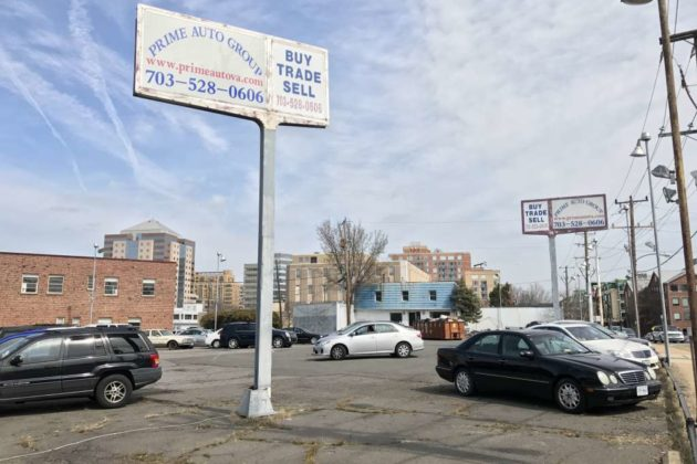 Used car dealership at 3217 10th Street N.