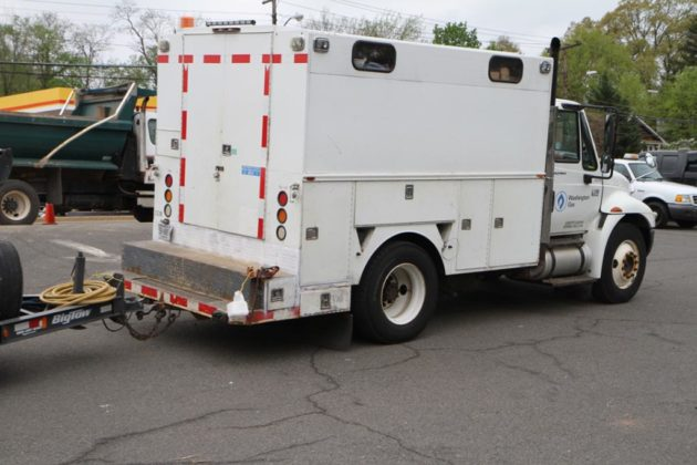 Washington Gas arrived to fix the leak around noon