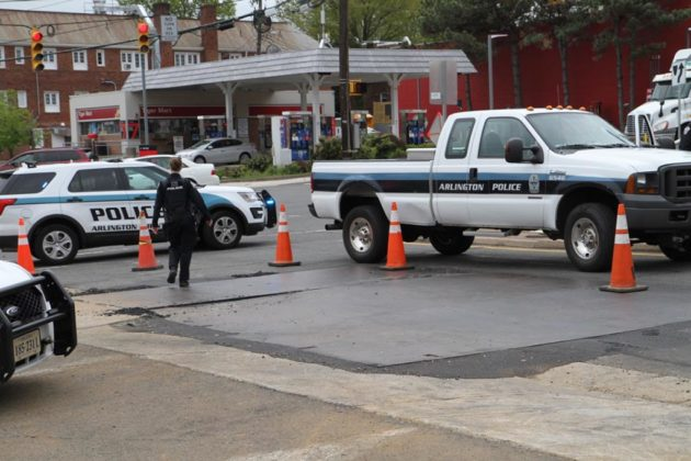 Police closed a section of N. Glebe Road at Lee Highway after a gas leak