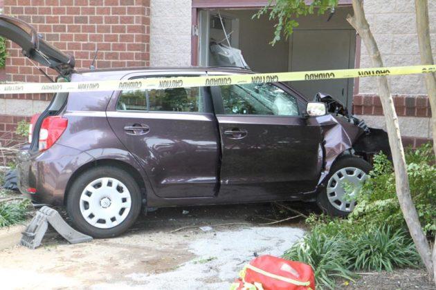 car crashes into potomac yard target