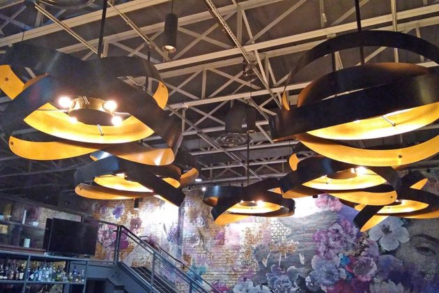 The metal custom chandeliers