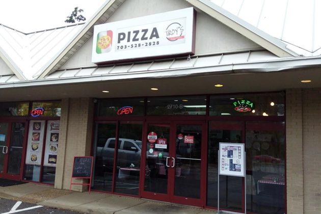 Troy 39 s italian kitchen replaces zpizza in lyon park for Italian kitchen 2017