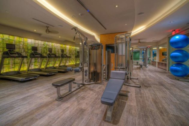 TELLUS: Fitness Center and yoga area