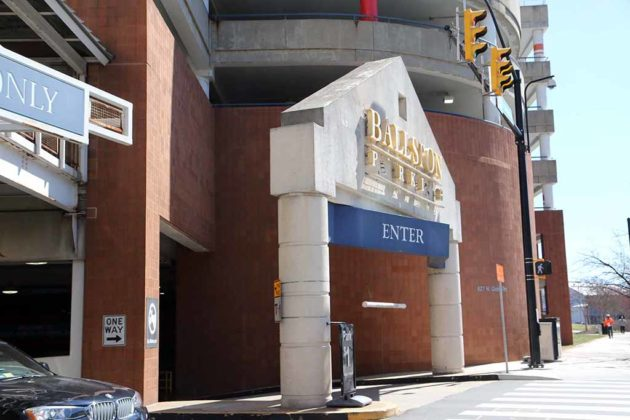 The Pelican Brief is said to have filmed a scene outside the Ballston Common Mall parking garage.