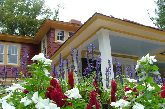 A view of the Hendry House (Photo via Arlington County)